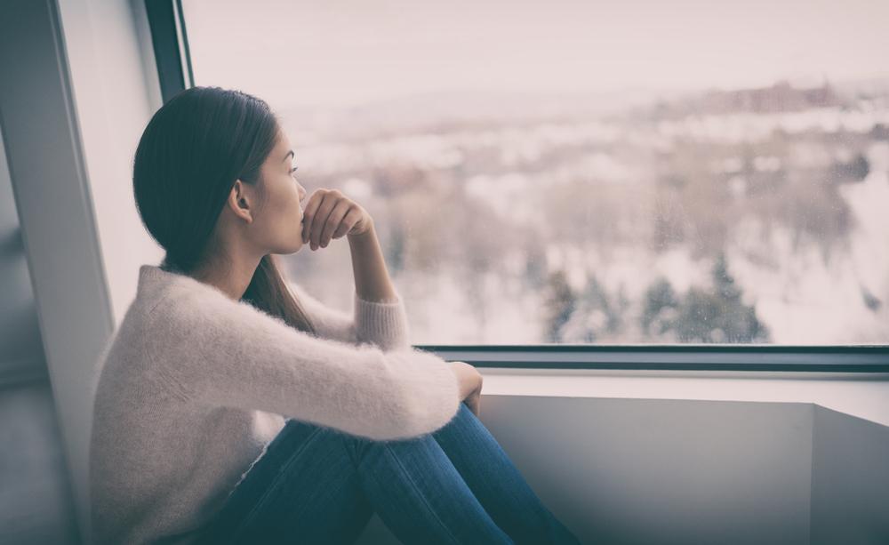 ¿El COVID causa depresión? Los estudios lo sugieren